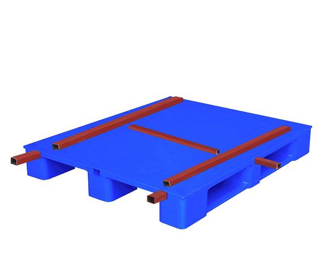 пластмасов палет подсилен с метал на буквата H