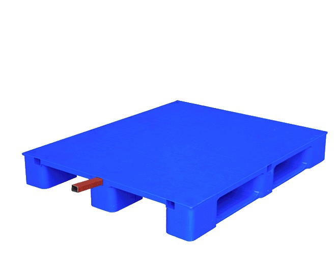 подсилен пластмасов палет с метален траверс